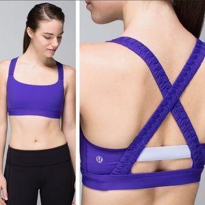 Lululemon Athletica Inner Heart Sports Bra Size 4